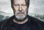 """Erik Bäckström (Rolf Lassgård) schlüpft erneut in die Rolle des einsamen """"Jägers"""", der schonungslos ein Verbrechen aufklären möchte."""
