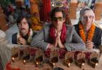 Jack (Jason Schwartzman), Peter (Adrien Brody) und Francis (Owen Wilson) auf einer spirituellen Reise durch Indien, deren wahres Ziel nur einer der drei Brüder kennt.