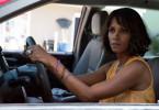 Karla (Halle Berry) verfolgt die Entführer quer durch Louisiana.