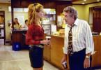 Erin Brockovich (Julia Roberts) deckt einen Umweltskandal auf. Sie überzeugt ihren Chef Ed Masry (Albert Finney), den juristischen Kampf gegen den mächtigen Energiekonzern aufzunehmen.