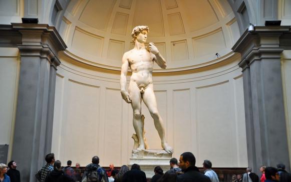 Er lies sich nackt malen Nude Photos 16