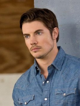 "Josh Henderson als John Ross Ewing in ""Dallas"""