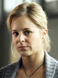 """Bernadette Heerwagen als Lehrerin in """"Mittlere Reife"""""""