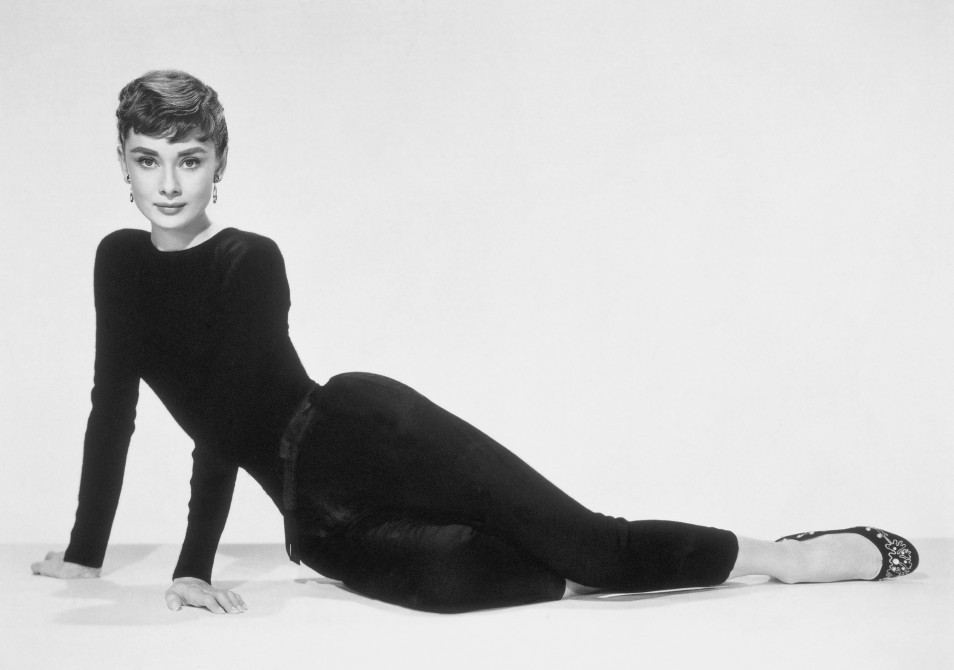 audrey hepburn infos und filme. Black Bedroom Furniture Sets. Home Design Ideas
