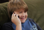 So kennt man Angus T. Jones: Als Jake Harper in