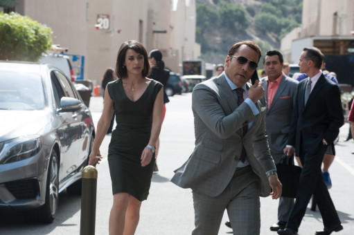 CONSTANCE ZIMMER as Dana Gordon and JEREMY PIVEN as Ari Gold