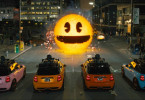 Inky, Blinky, Clyde und Pinky greifen Pac-Man an in Sony Pictures' PIXELS.