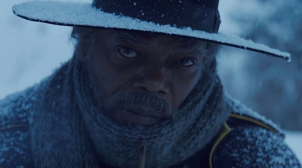 "Samuel L. Jackson trifft in Quentin Tarantinos Western ""The Hateful Eight"" auf Fremde in einer Berghütte."