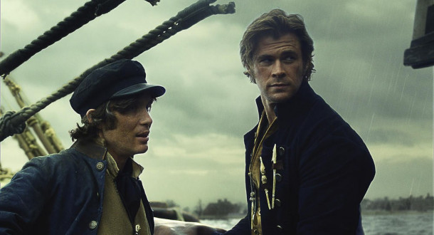 Matthew Joy (Cillian Murphy, l.) und Owen Chase (Chris Hemsworth)