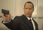 "Actionstar Boxer Santaros (Dwayne ""The Rock"" Johnson) flippt aus ..."