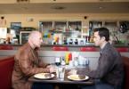 Dem jüngeren Ich gegenüber: Bruce Willis und Joseph Gordon-Levitt