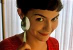 Amélie Poulain (Audrey Tautou) arbeitet als Kellnerin in einem Pariser Café.