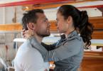 Hin- und hergerissen von ihren Gefühlen: Nele Seitz (Maya Haddad) verliebt sich in den Lehrer David Marr (Moritz Otto).