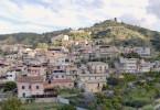 Schnell ist klar, dass der kaltblütige Mordanschlag in Zusammenhang mit der 'Ndrangheta, der kalabrischen Mafia, steht.