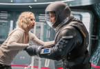 Aurora Lane (Jennifer Lawrence) und Jim Preston (Chris Pratt) sind die einzigen wachen Passagiere auf einem Raumschiff, das durch das Weltall fliegt, mit einer 90 Jahre entfernten Planetkolonie als Ziel. Dabei müssen sie sich schweren physischen, aber auch mentalen Aufgaben stellen...