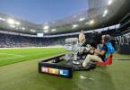 RTL Kamera im Fußballstadion.