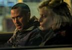 Henrik Brandt (Barnaby Metschurat) muss Tina Hart (Janina Agnes Schröder) entführen. Sie gibt ihm einen kleinen Zeitaufschub auf seiner Flucht.