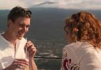 Kann man sich noch mal neu verlieben? Sanne (Marleen Lohse) sieht keine charmanten Seiten an Markus (Daniel Sträßer) mehr. Sie ist von ihm genervt.
